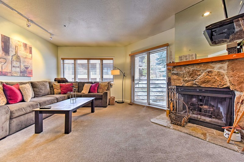 Explore all the beauty that Park City has to offer in this 1-bedroom, 1-bathroom vacation rental condo!
