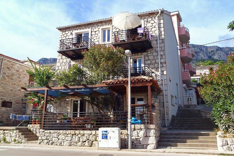 Two bedroom apartment Gradac, Makarska (A-6661-a), casa vacanza a Gradac