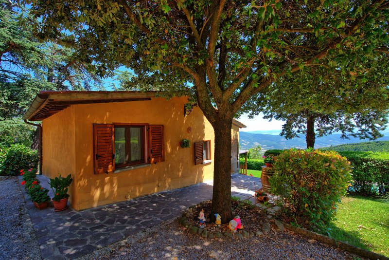 Tornia Villa Sleeps 4 with Pool and WiFi - 5241556, holiday rental in Portole