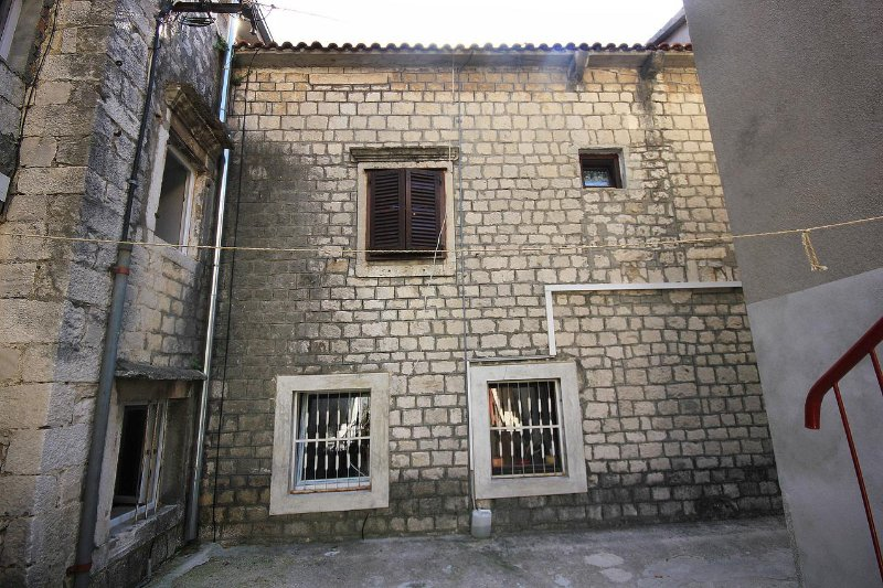 Four bedroom apartment Kaštel Štafilić, Kaštela (A-10264-a), vacation rental in Kastel Stafilic