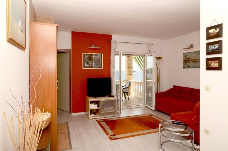 Apartment Sunny Side, Ferienwohnung in Prizba