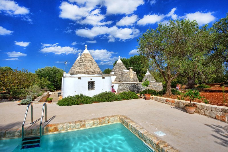 Satia Villa Sleeps 4 with Pool and WiFi - 5390877, vacation rental in Pascarosa