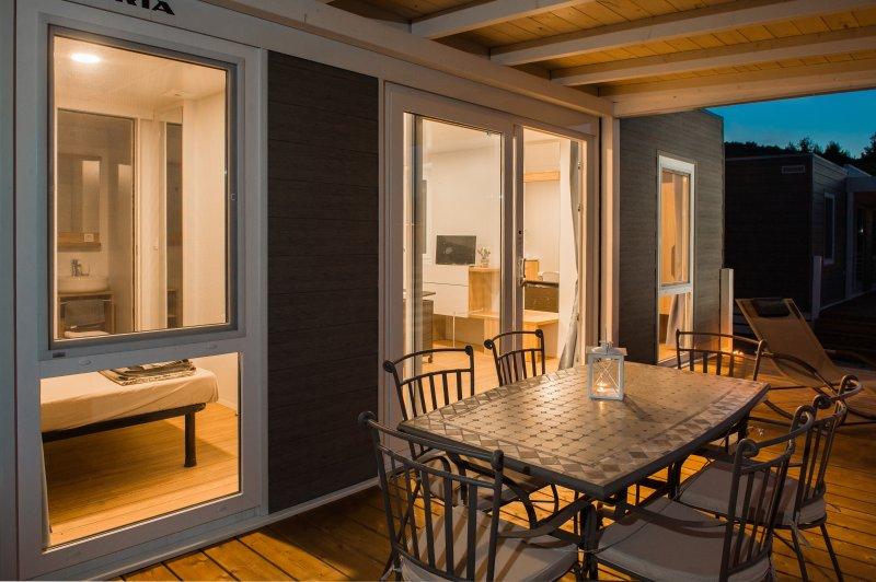 Bluebay Croatia Luxury Mobile Home Gita, aluguéis de temporada em Jezera