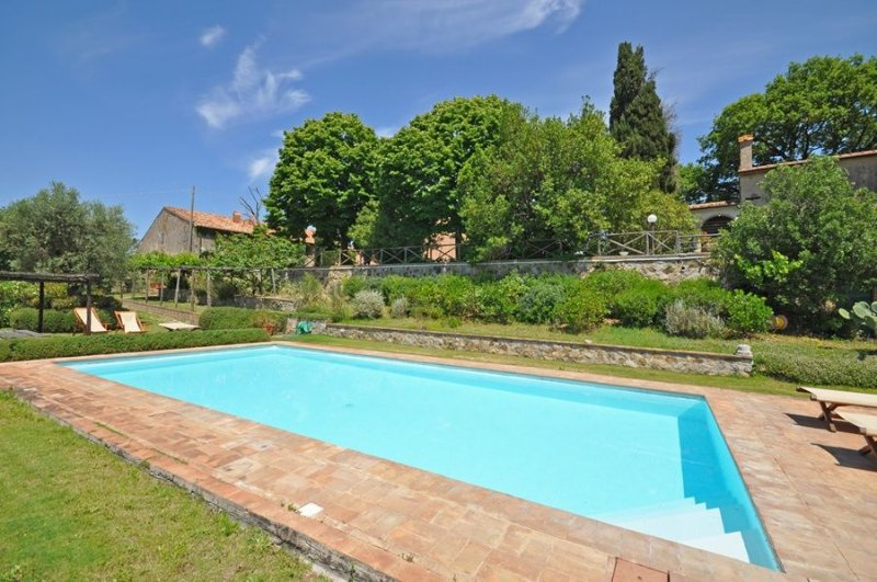Pomonte Apartment Sleeps 4 with Pool and WiFi - 5241969, casa vacanza a Scansano