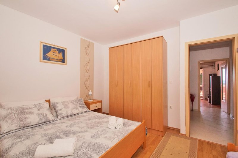 Schlafzimmer 2, Oberfläche: 14 m²