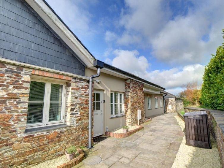 edmonton updated 2019 3 bedroom house rental in edmonton with wi fi rh tripadvisor com