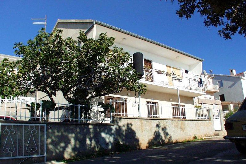Three bedroom apartment Brodarica, Šibenik (A-921-a), holiday rental in Zaboric