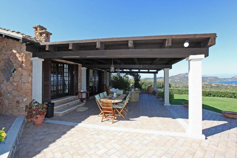 Loiri Porto San Paolo Villa Sleeps 14 with Pool Air Con and WiFi - 5218451, vacation rental in Porto Rafael