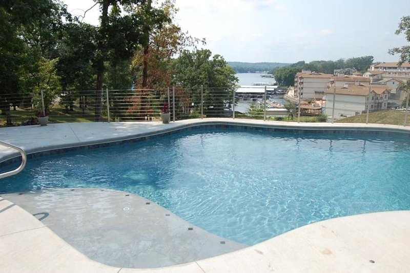 Amazing Private Pool Vacation Home Houses For Rent In Lake Ozark Home Interior And Landscaping Fragforummapetitesourisinfo