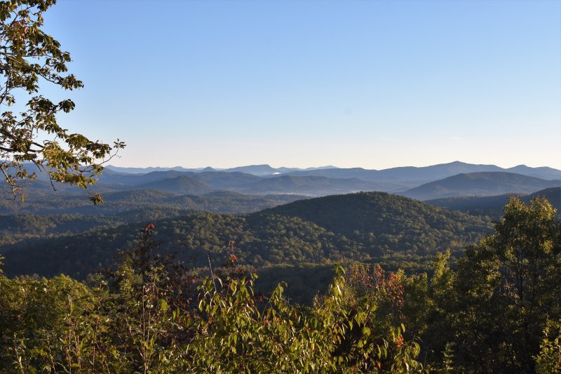 The best long range mountain views in the North Georgia Mountains