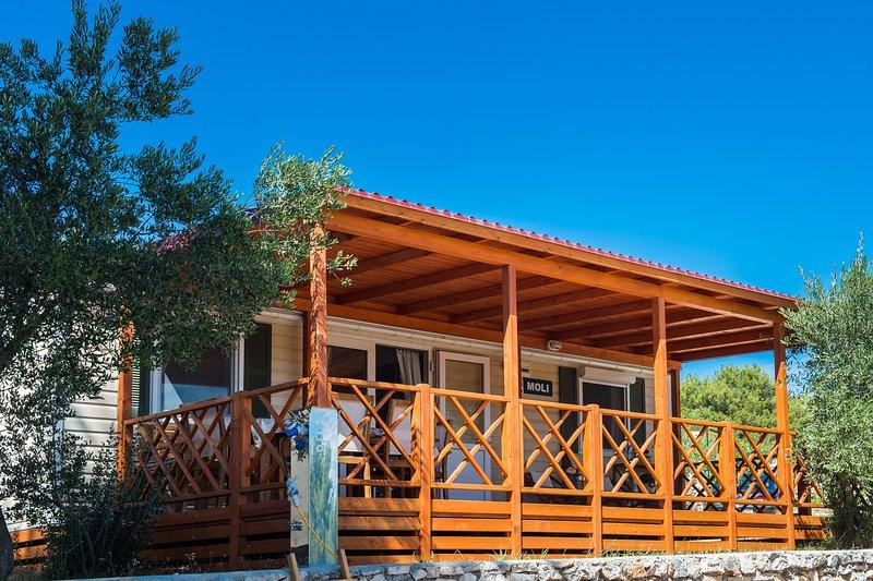 Bluebay Croatia Luxury Mobile Home Moli, aluguéis de temporada em Jezera