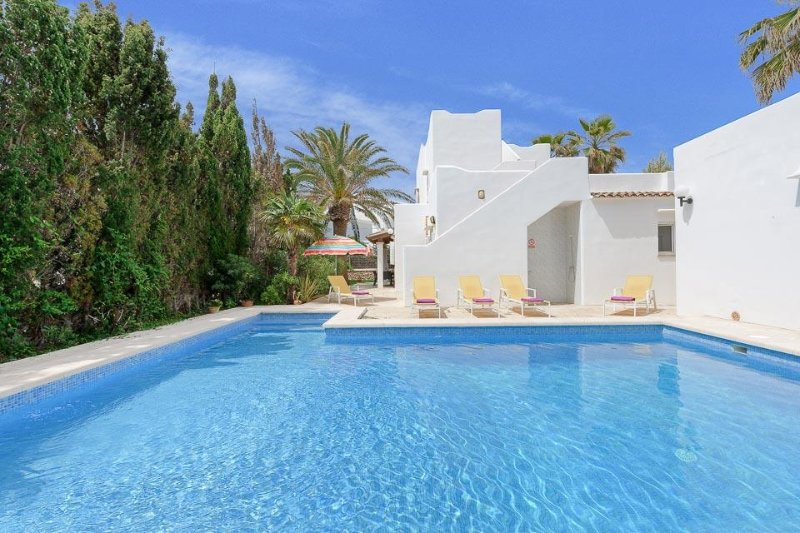 Cala Egos Villa Sleeps 6 with Air Con and WiFi - 5334203 Chalet in Cala d'Or