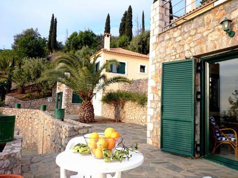 Amazing sea view_villa 5, casa vacanza a Leonidio