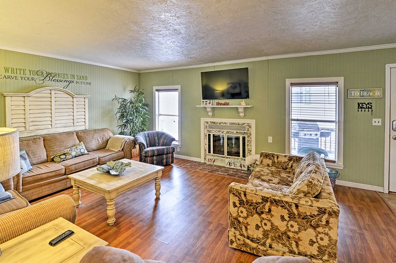 Experience the best of Myrtle Beach at this 4-bedroom, 2-bathroom house!