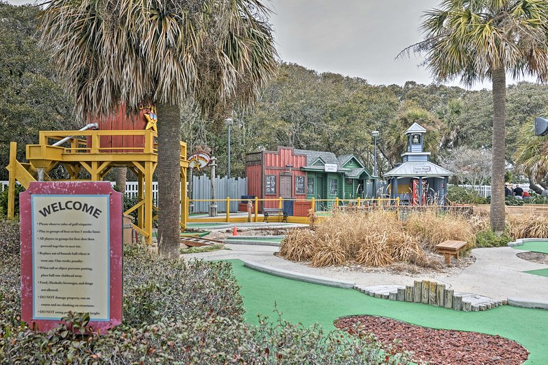 There are community amenities for the whole family!