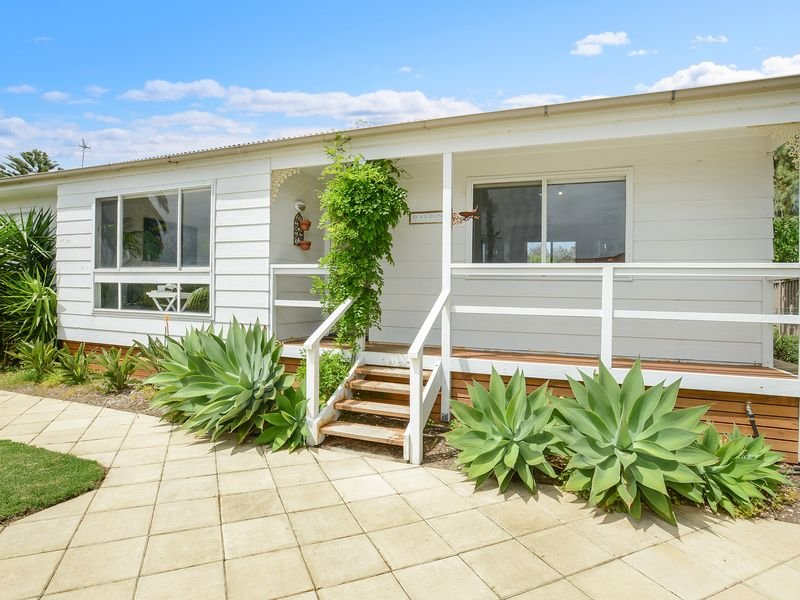 Ainslie Roberts Drive Retreat, holiday rental in Encounter Bay