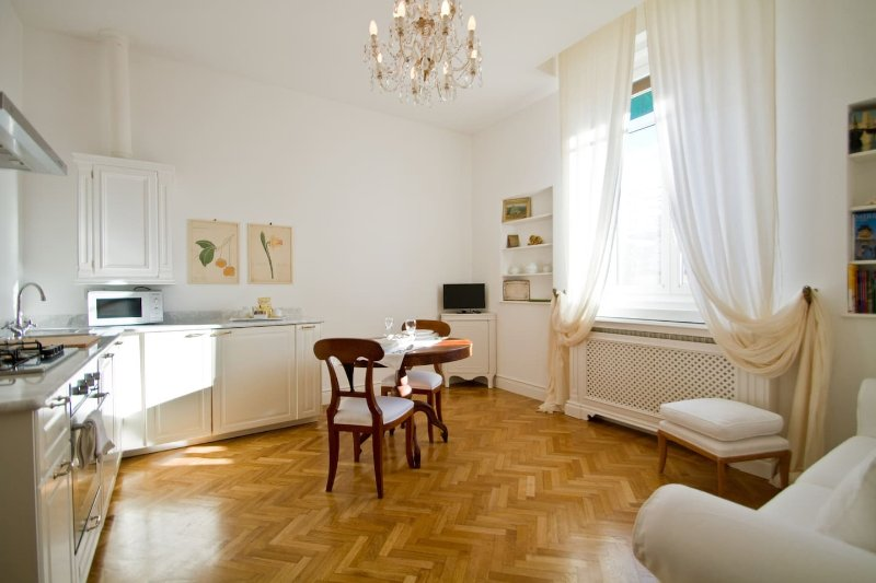 La Suite, holiday rental in Trieste
