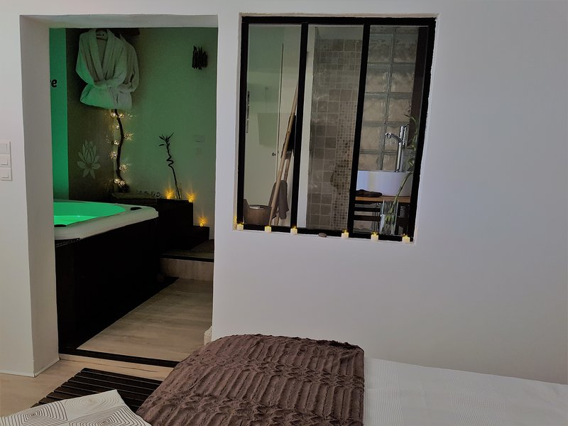 Bed and breakfast with private Jacuzzi in the bedroom.