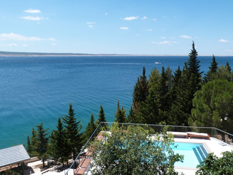 Krešimir · Stylish apartments in beachfront villa with heated pool and beach, vacation rental in Starigrad-Paklenica