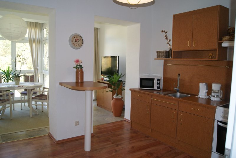 82 qm Ferienwohnung direkt am Rosengarten in Bad Elster *Haus Parzival* 1.OG, holiday rental in Arzberg