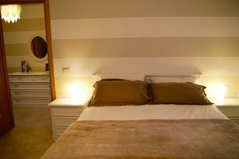 Nuovo appartamento a due passi da Firenze, casa vacanza a Empoli