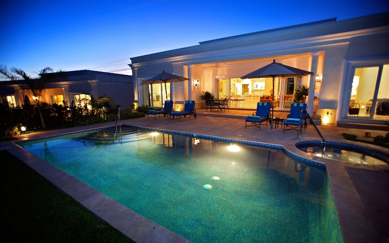 Luxury 3 bed villa with private pool on Mexico's Gold Coast, vacation rental in Mazatlan