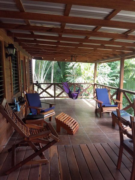 Beautiful Jungle get a way, holiday rental in Cayo