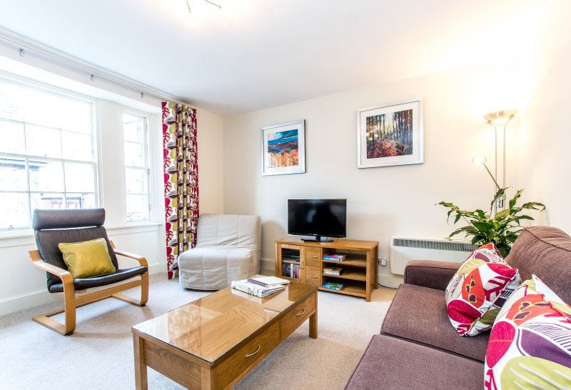 Rose St Lane 3, Very central, 2 mins to Princes St, Ferienwohnung in Edinburgh