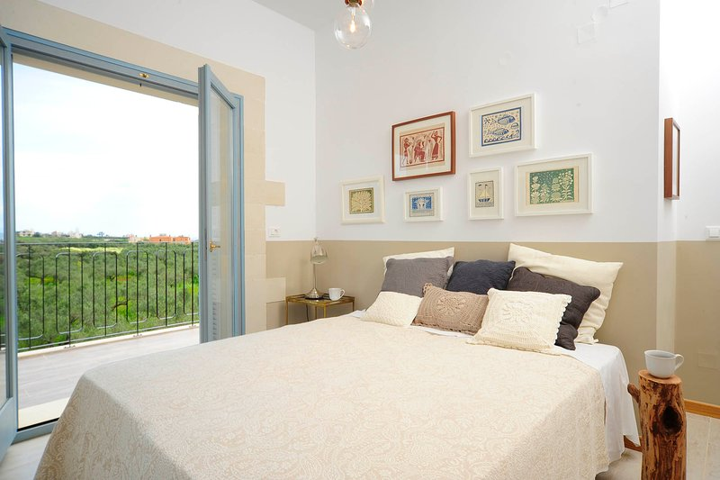 The bedroom with contemporary design.