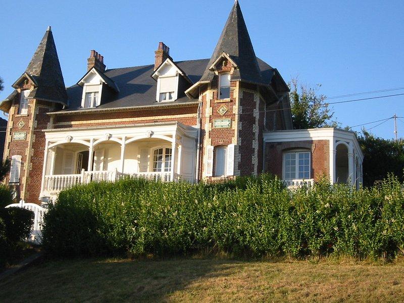 Petit manoir picard face à la mer, holiday rental in Saint-Quentin-la-Motte-Croix-au-Bailly