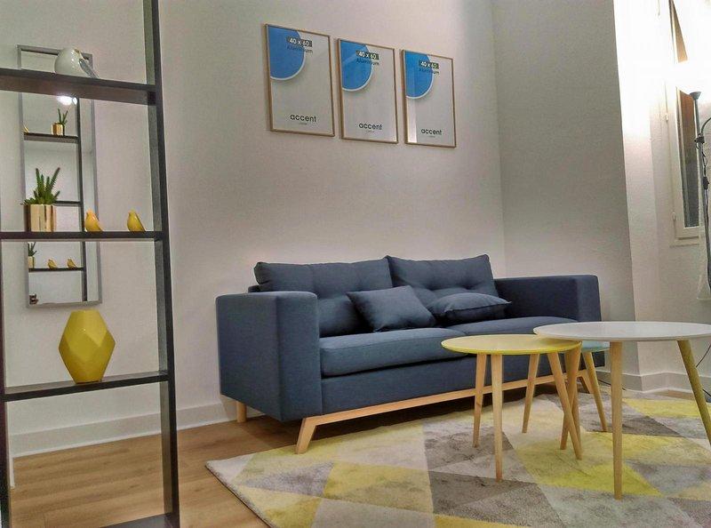 Studio cosy avec mezzanine à 6 min de Paris, location de vacances à Saint-Denis