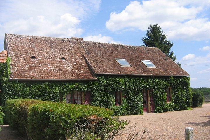 Domaine des Fougis; Parc de Sculptures Engelbrecht; Le Pal, location de vacances à Thiel-sur-Acolin