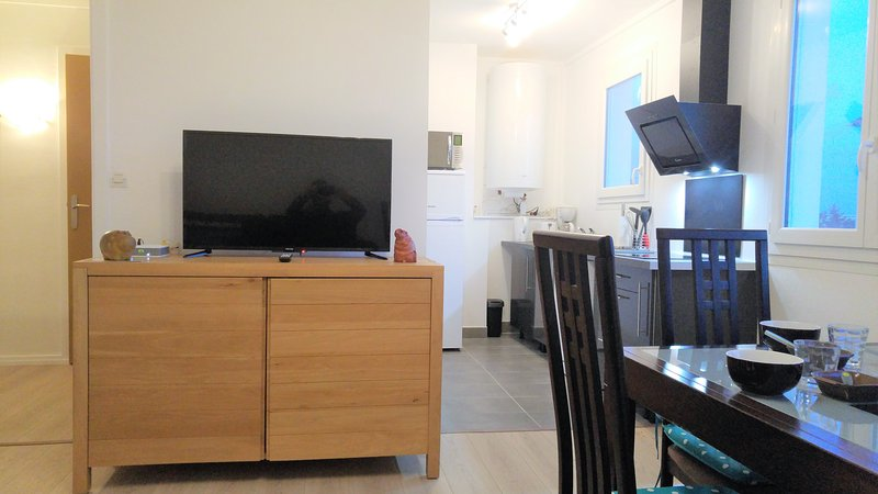 BR1 - Appartement moderne et tout confort (50 m²), holiday rental in Lagord