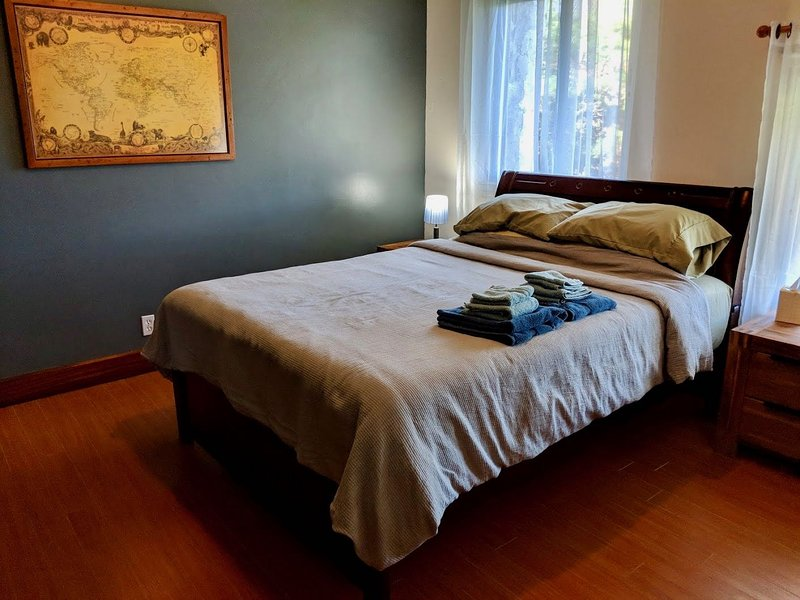 Casa Ejecutivo - The Tanager Suite, holiday rental in Volcan