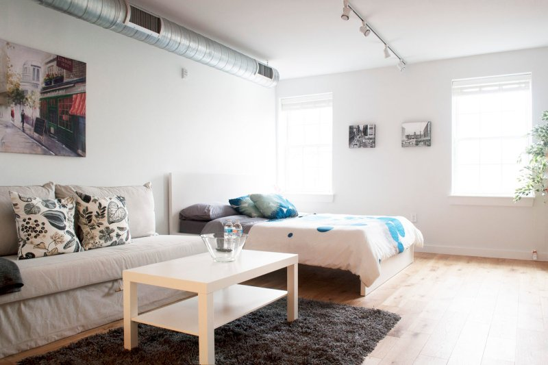 Bright spacious studio in the heart of Old City