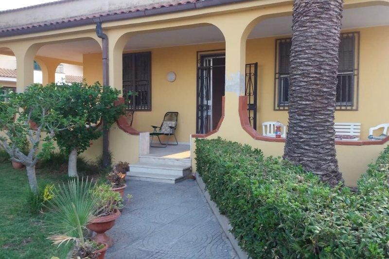 Piacevole appartamento in Arenella, holiday rental in Arenella