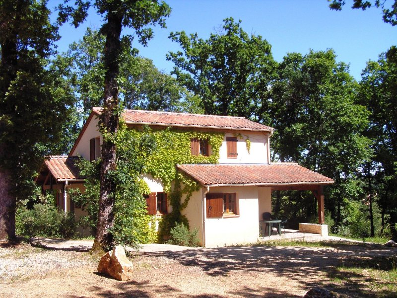 Villa 6/8 pers. #7 in **** Dordogne Holiday Resort, holiday rental in Monflanquin