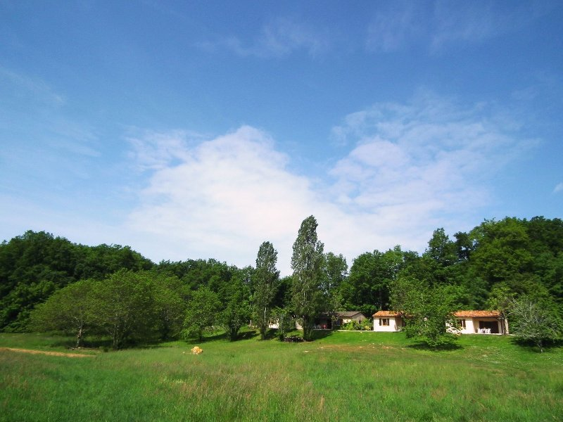 House 5/7 pers. #1 in **** Dordogne Holiday Resort, holiday rental in Lacapelle-Biron