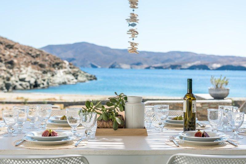 Eneos Beach Villas/Executive Villa, holiday rental in Loutra