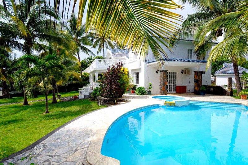 Maurice - Villa Ashwin, holiday rental in Grand Gaube