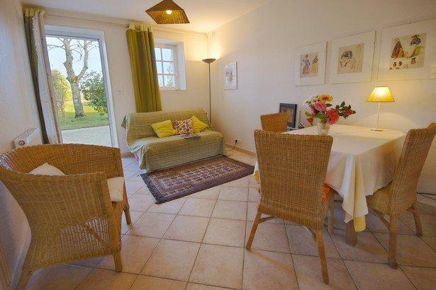 Appartement en rez de jardin dans parc 5 ha, Bénodet, location de vacances à Pleuven
