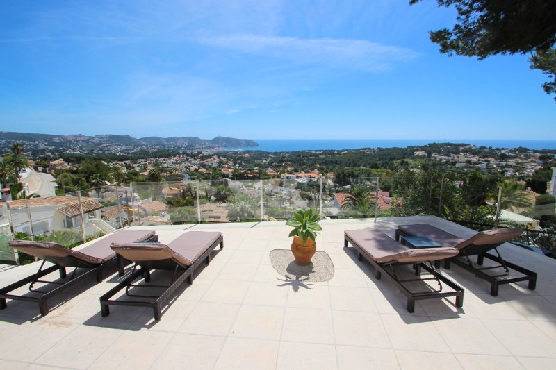 Fanadix Villa Sleeps 8 with Pool and Air Con - 5573595 – semesterbostad i Teulada