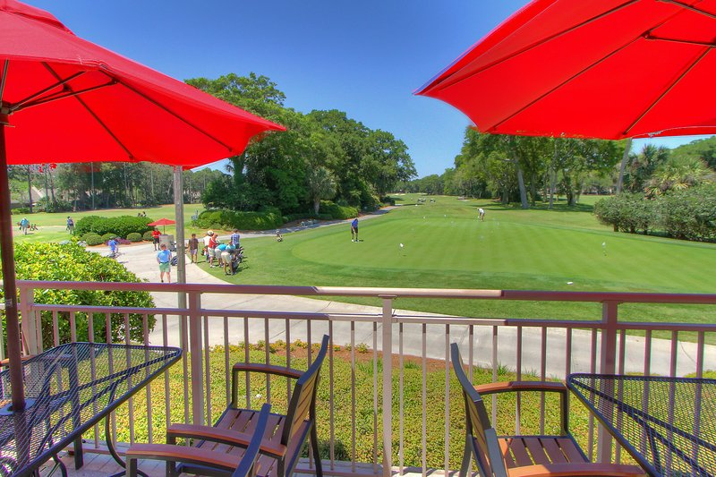 Palmetto Dunes Putting Green, Driving Range and Big Jim's Barbecue at Robert Trent Golf Center.