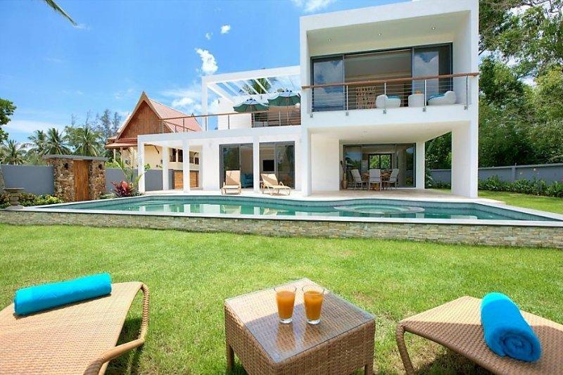 VLS: 3 bedroom private villa 'Summer', location de vacances à Lipa Noi