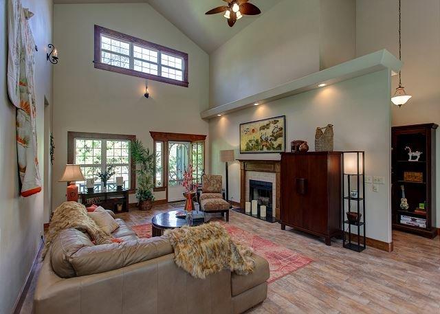 Warm, inviting Living Room