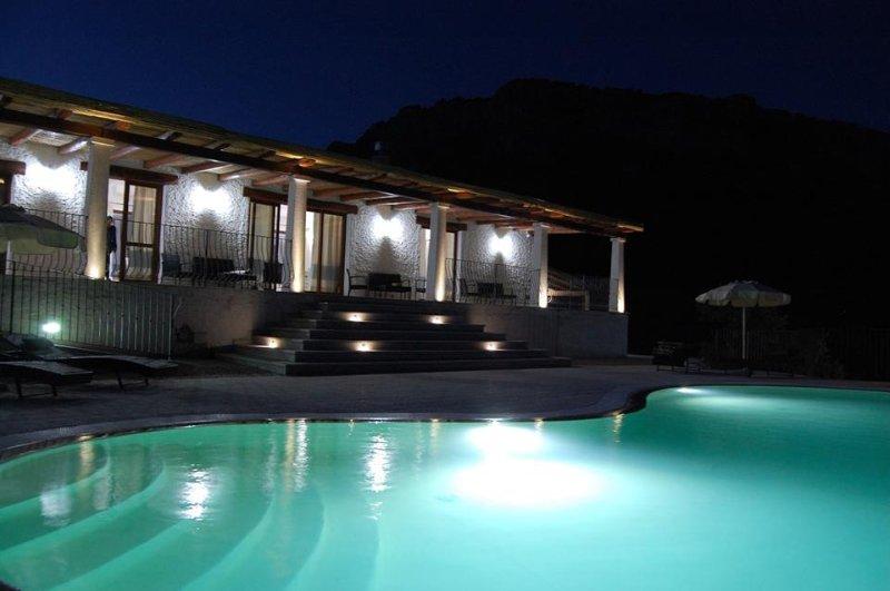 Nioleo Turismo Rurale, vacation rental in La Caletta