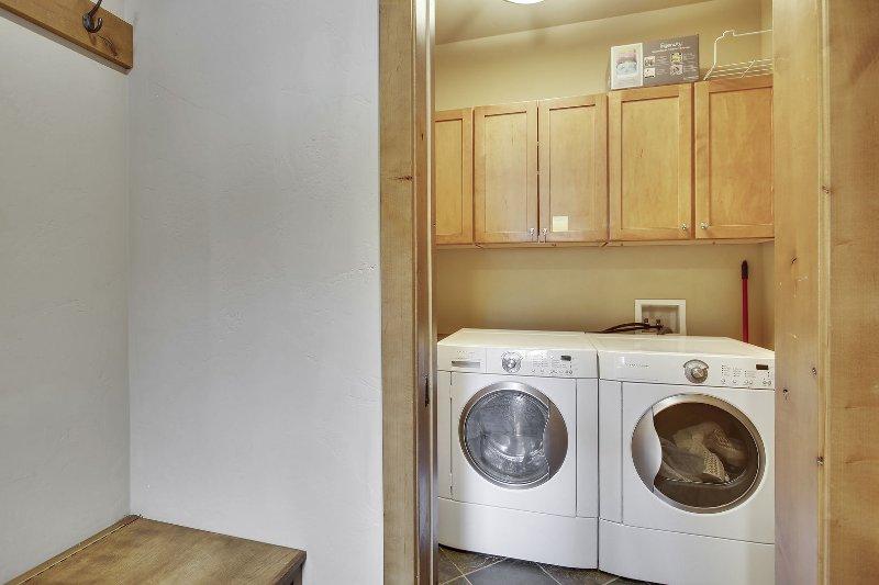 Laundry room off of mud room area
