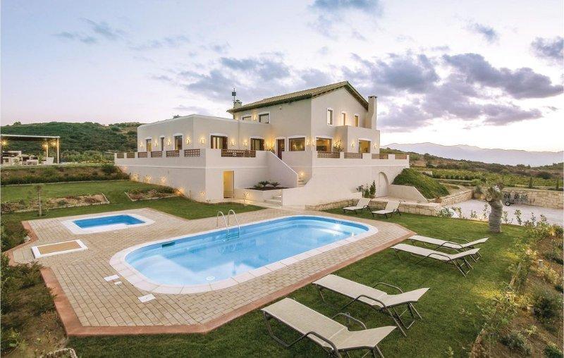 Villa Selena, holiday rental in Peza