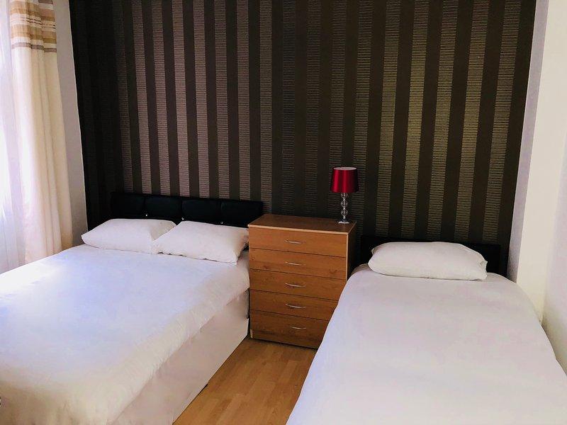 Lovely 5 Bed Room propriedade em Stratford City