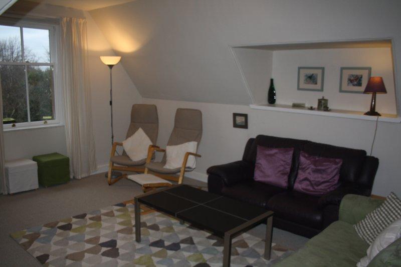Holmgarth, 2 bedroom holiday apartment sleeping 6, vacation rental in North Berwick